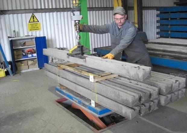 handling-concrete-blocks