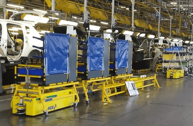 AGV INDEVA, um den Produktionsprozess zu beschleunigen und Wiederholungen zu vermeiden.
