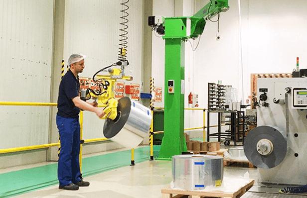 Industrielle Manipulatoren zur Handhabung von Produkten unterschiedlicher Größe in absoluter Ergonomie und Sicherheit.