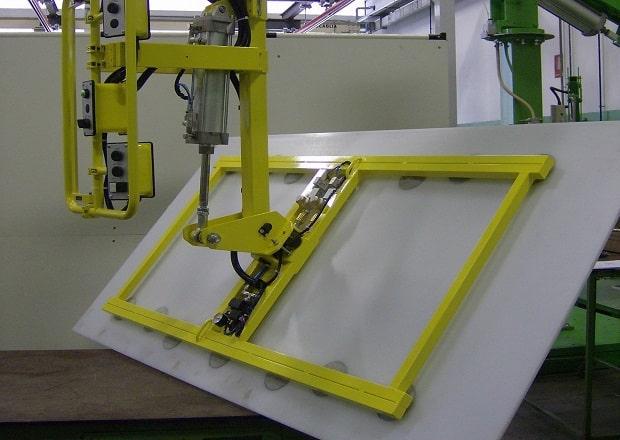 Pneumatic manipulators to handle solar panels