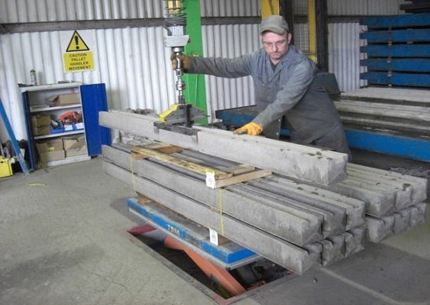 handling-concrete-blocks