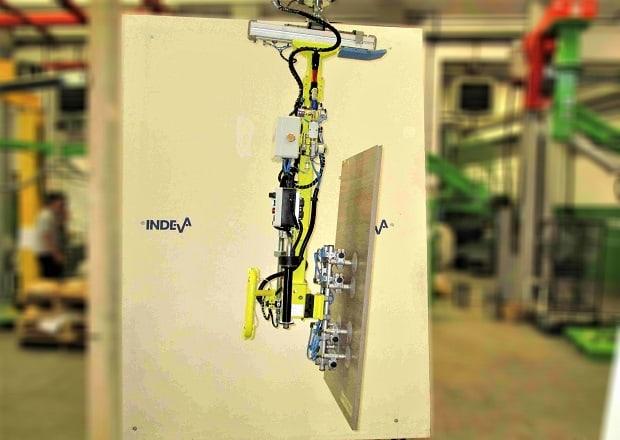 Eine bekannte Küchenmöbelmarke hat sich für INDEVA bei der Handhabung von Küchentüren entschieden.